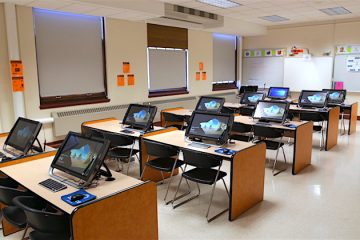 zSpace in classroom